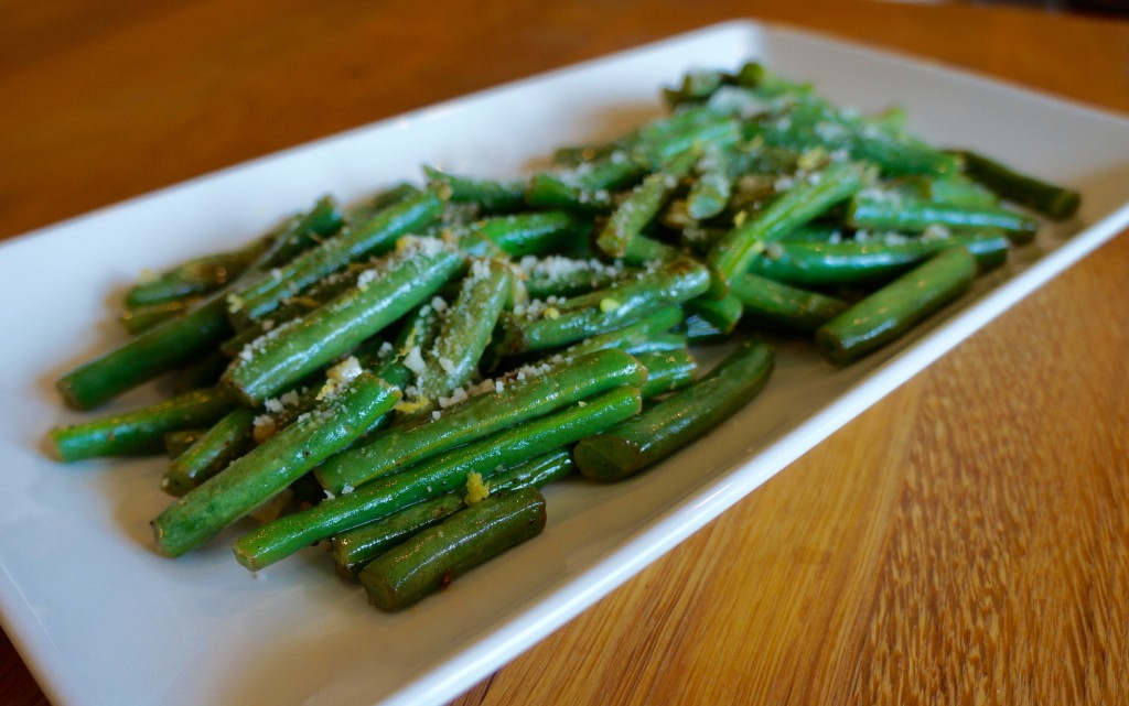 Green Beans with Lemon, Garlic and Parmesan - Flavor Finds